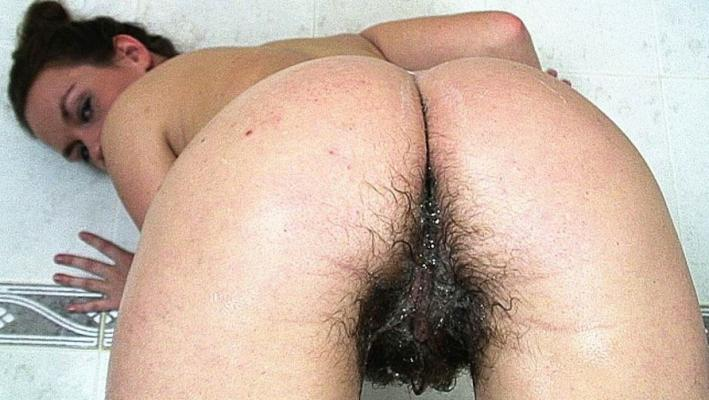 Hairy crack women