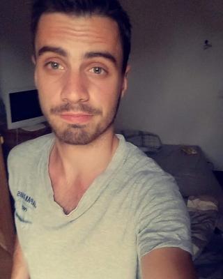 Il Faut Toujours Suivre Une Cougar En Manque De Jeune Bite Sur Mr Sexe